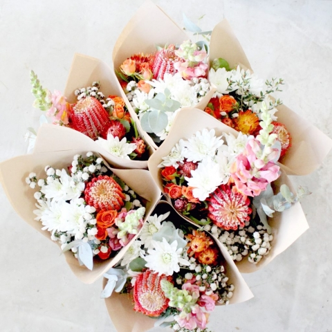 Poppy Rose | Small bunch | Flower delivery Norman Park | Brisbane